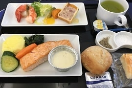 ANAビジネスクラス搭乗記!東京からソウルへ